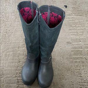 Crocs women's boots size 8